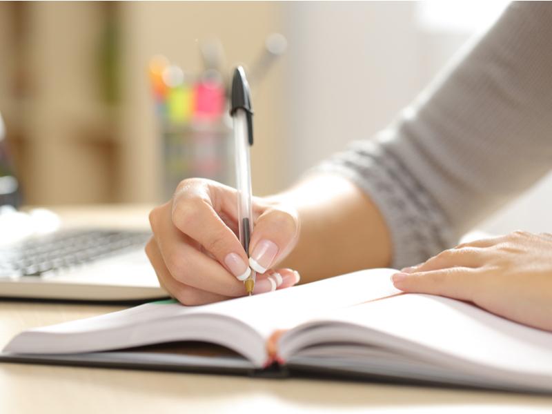 【完全版】TOEICリーディング対策|おすすめの勉強法や本・アプリをご紹介
