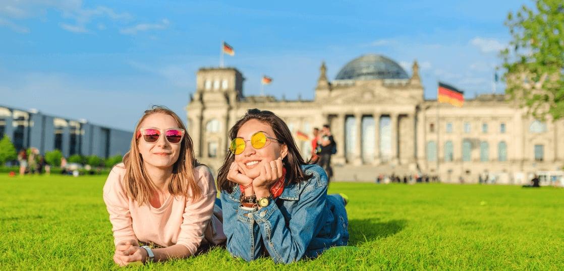 創立から20年、安心と信頼で3万人以上の留学実績