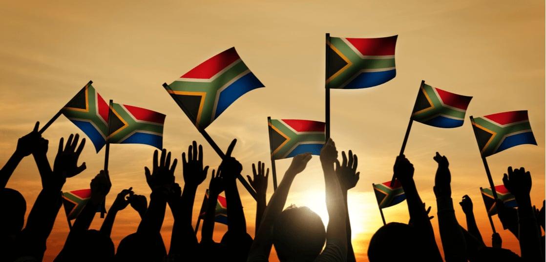 南アフリカ共和国ってどんな国?気候や時差、服装や留学事情について